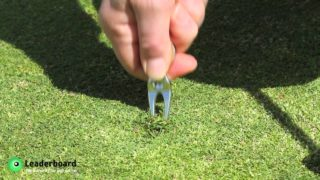 Golf Rules: Repairing your pitch marks correctly
